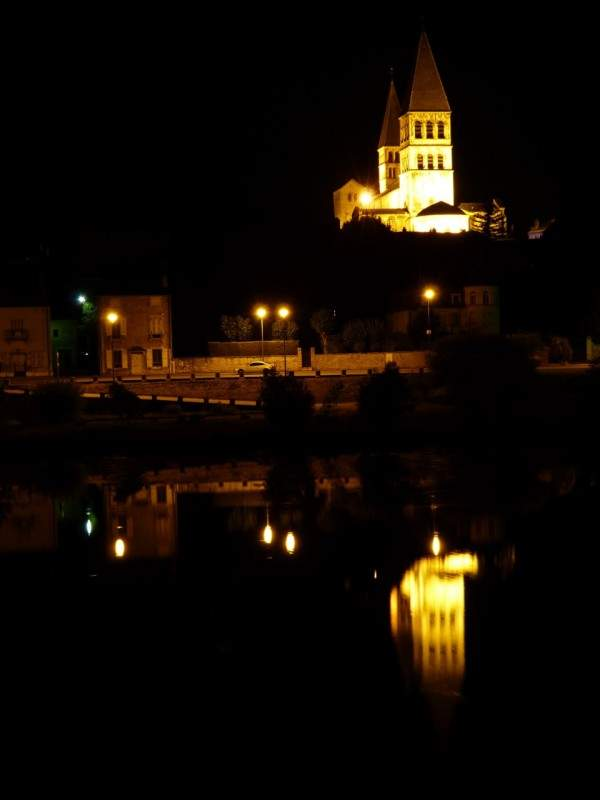 Saint-Philibert-tournus-minuit