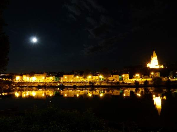 Tournus-by-night
