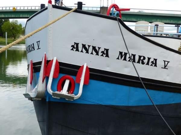 anna maria hat tours tournus