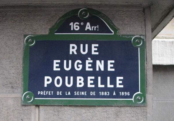 Rue_Eugène_Poubelle_plaque