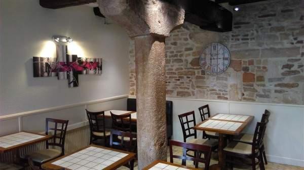 Les Arcades : la salle de restaurant nouvelle version.
