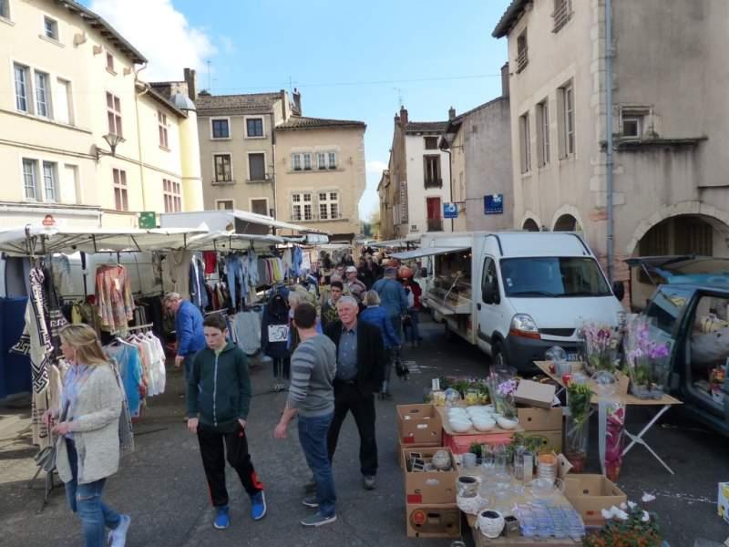 marché-de-tournus-samedi-26-mars-2016 - 2