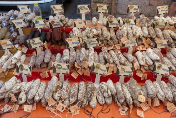 marché de tournus81