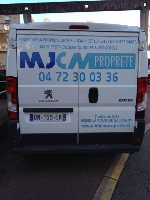MJMC propreté bien stationné